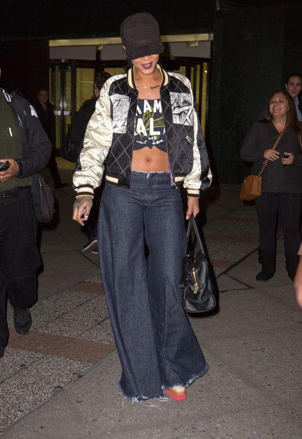Trendsetteri Rihanna nähtiin vuosituhannen vaihteesta muistetussa farkkutyylissä jo vuonna 2014.