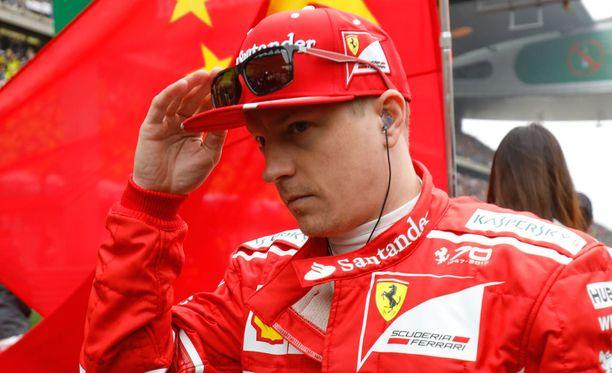 Kimi Räikkösen lisäksi Kiinassa epäonnistui myös Ferrarin taktiikka.