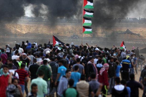 Palestiinalaiset vastustavat lähetystön siirtoa Jerusalemiin.