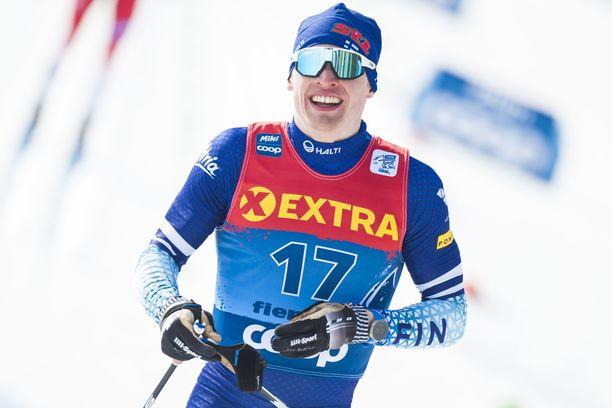 Iivo Niskanen on viidentenä Tour de Skillä.