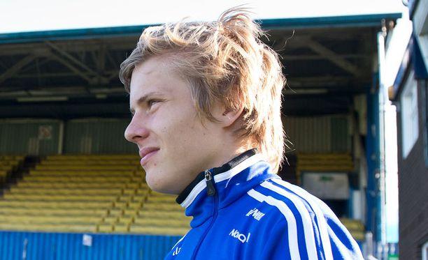 18-vuotias Jere Uronen pelaa väkevää läpimurtokautta Helsingborgissa, joka kohtaa torstaina Twenten Eurooppa-liigassa.