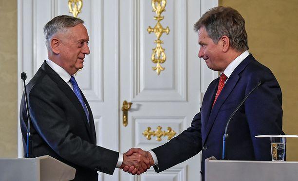 Tasavallan presidentti Sauli Niinistö on tavannut tänään Yhdysvaltain puolustusministeri James Mattisin.