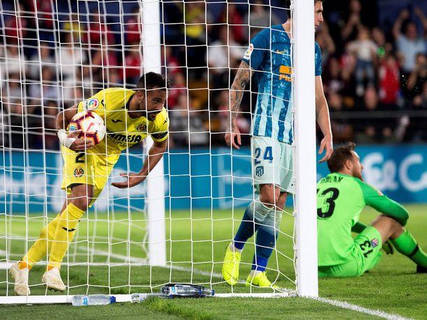 Mario Gaspar vastasi Villarrealin 1-1-tasoituksesta.