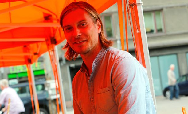 Markus Halsti viettää lyhyttä kesälomaansa Helsingissä.