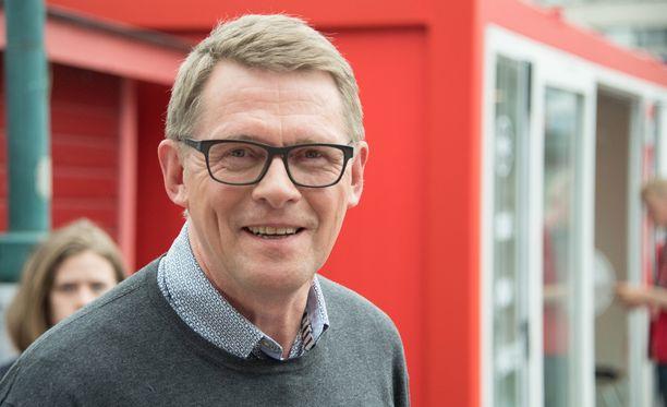Presidenttikisassa mukana oleva Matti Vanhanen arvosteli Sauli Niinistöä tämän jäätyä pois presidenttipaneelista.