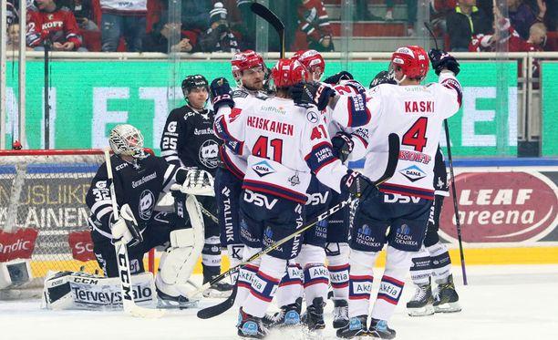 HIFK juhlii SM-liigan pronssia.