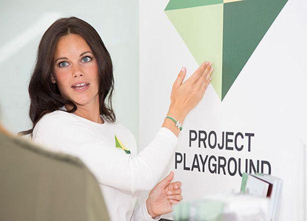 Sofia perusti hyväntekeväisyysjärjestönsä vuonna 2010.