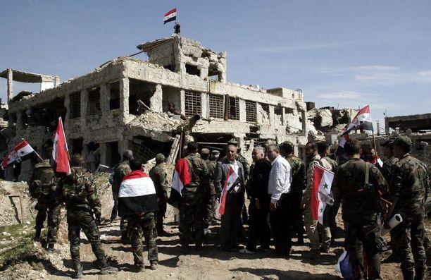 Syyrian sotilaat nostivat Syyrian hallituksen lipun salkoon 1. huhtikuuta Jobarin alueella itäisessä Ghoutassa. Nyt Itä-Ghouta on täysin Syyrian joukkojen hallinnassa Venäjän mukaan.