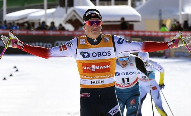 Norjan Johannes Kläbo piti tiukasti kiinni maailmancupin johtajan keltaisesta liivistä.