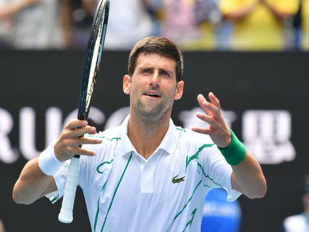 Novak Djokovic jahtaa sunnuntaina kahdeksatta Australian avointen mestaruutta.