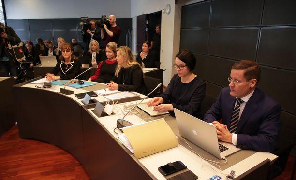 Terrorisyytteiden käsittely alkoi tiistaina valmisteluistunnolla Varsinais-Suomen käräjäoikeudessa.