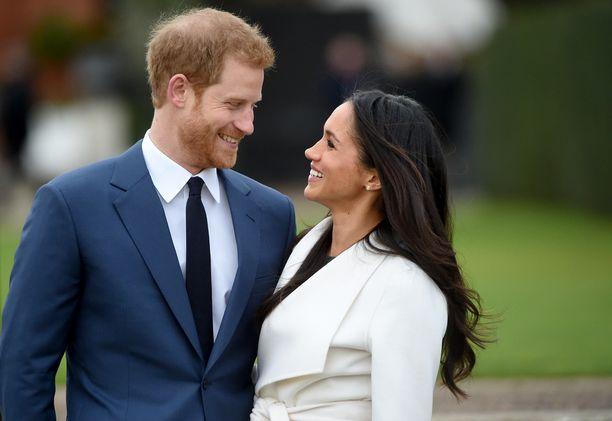 Prinssi Harry ja Meghan Markle muuttavat Kensingtonin palatsin tiluksilta Windsoriin perhettä perustaakseen. Esikoinen syntyy ensi keväänä.