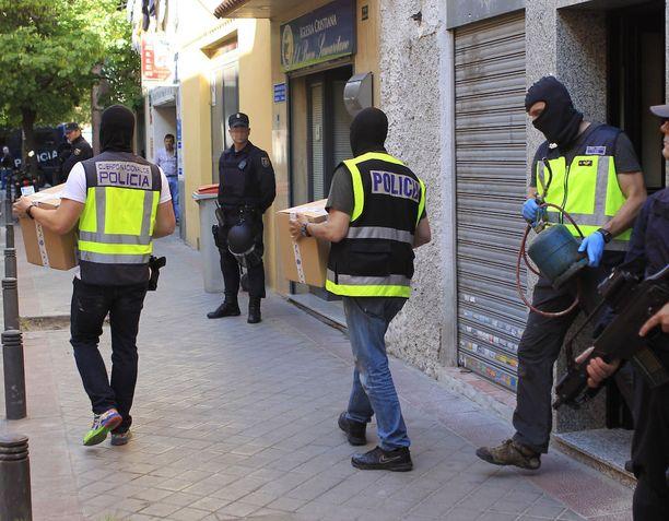 Kaksi marokkolaista pidätettiin Madridissa toukokuussa. Miehiä syytetään taistelijoiden rekrytoinnista Isisiin.