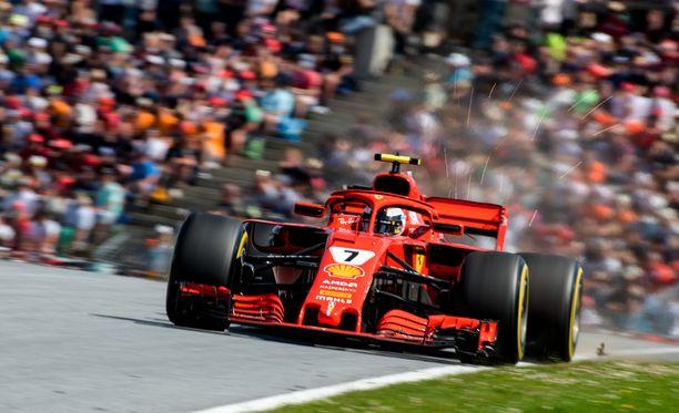Kimi Räikkönen ajoi kolmosruutuun.