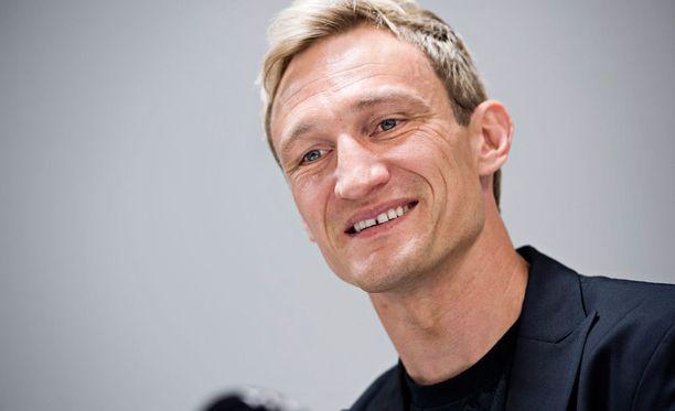 Sami Hyypiän valmennusura jatkuu Sveitsissä.