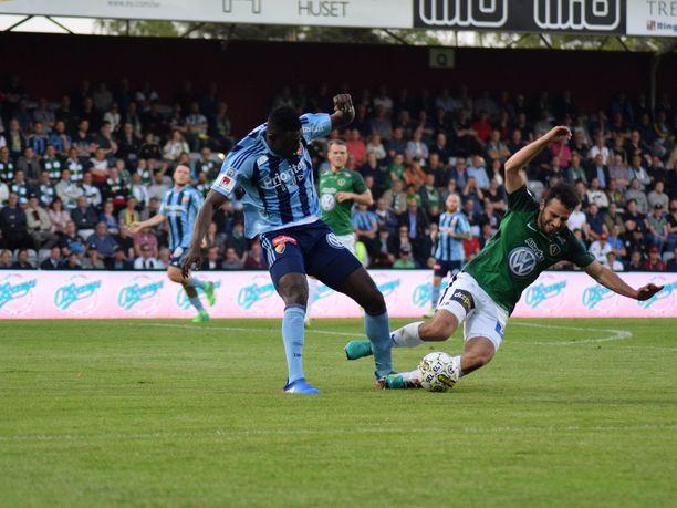 Allsvenskania oli tarkoitus pelata jo huhtikuussa, mutta sarja on tauolla koronaviruksen vuoksi.