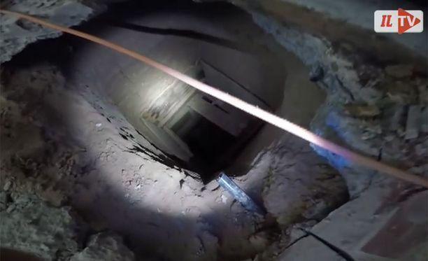 Viranomaiset uskovat, että tunnelia on käytetty huumeiden salakuljettamiseen.