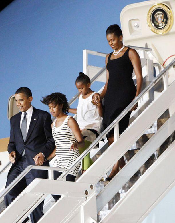 Yhdysvaltain presidentti Barack Obama on vierailulla Ghanassa perheensä kanssa.