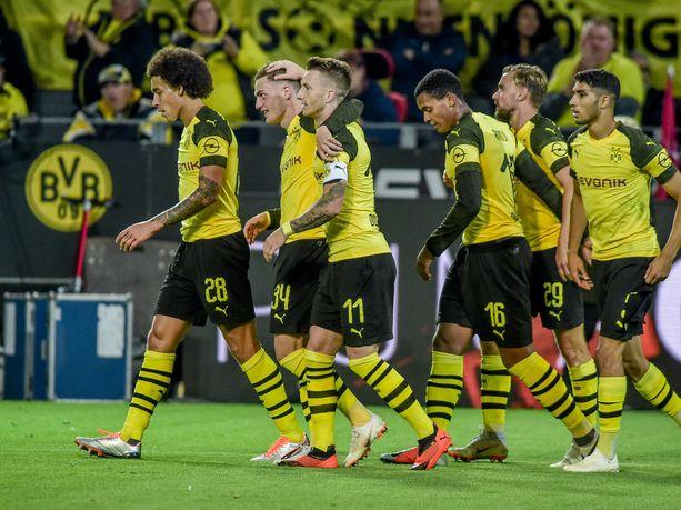 Borussia Dortmund juhli Nürnbergin kustannuksella.