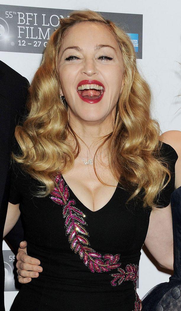 Madonna esiintyy Hyde Parkissa Lontoon olympialaisten aikaan.