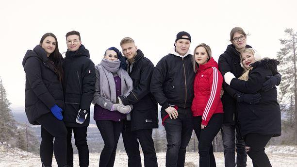 Nämä parit testaavat suhteitaan Temptation Island Suomen tuoreella kaudella.