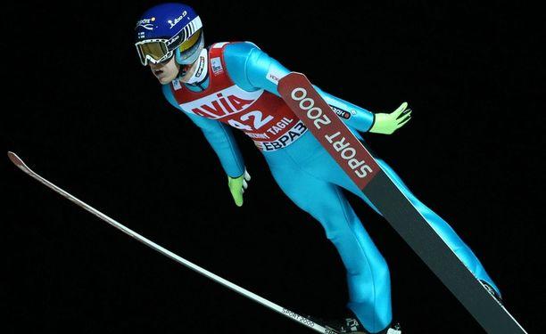 Lauri Asikainen oli paras suomalainen sunnuntaina Engelbergissä.