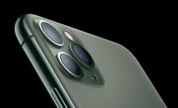 Uudet Iphone-puhelimet ovat saapuneet kauppoihin.