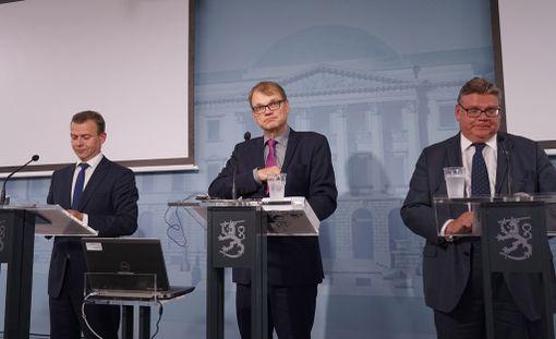 Görän Djupsund kritisoi hallitusta siitä, että sillä on niin kova kiire valmistella lakeja.