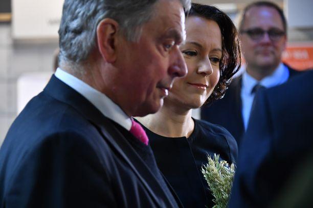 Presidenttipari on maakuntavierailulla Vaasassa.
