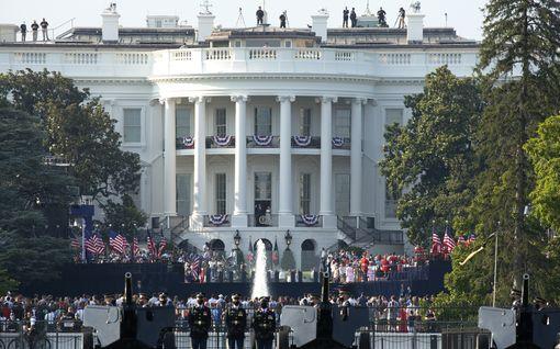 Yhdysvalloissa juhlittiin itsenäisyyspäivää koronaviruksesta huolimatta