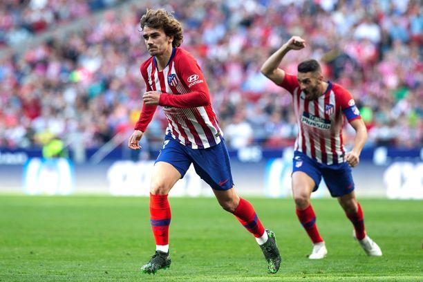Atletico Madridin Antoine Griezmann juhlii. Atletico kaatoi Celta Vigon 2–0.