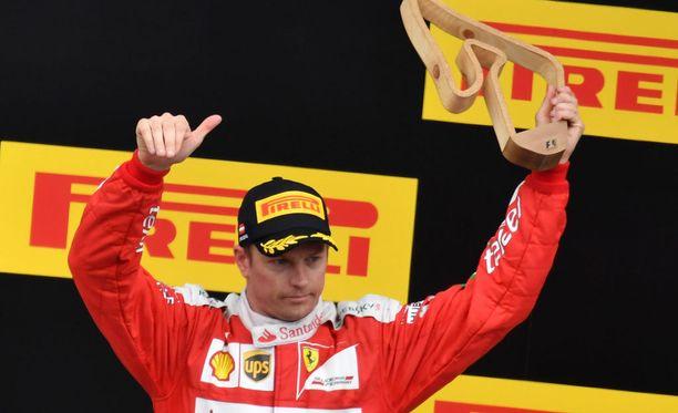 Kimi Räikkösen jatkosopimus puhuttaa F1-piireissä.