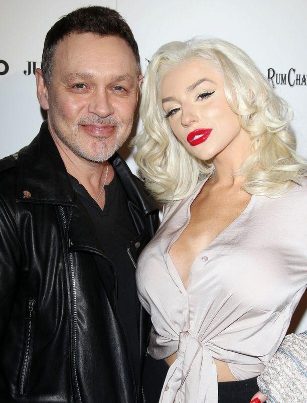 Doug Hutchison ja Courtney Stodden ovat olleet naimisissa vuodesta 2011.
