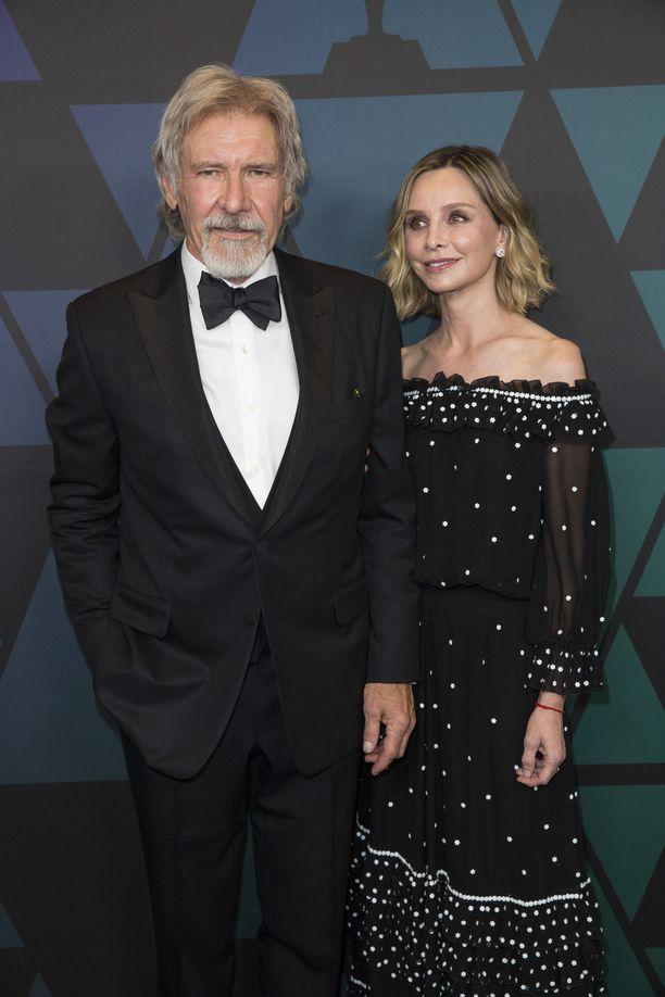 Harrison Fordin ja Calista Flockhartin rakkaus on kestänyt.