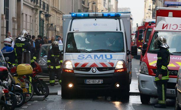 Useita ihmisiä on loukkaantunut räjähdyksessä Pariisin keskustassa.