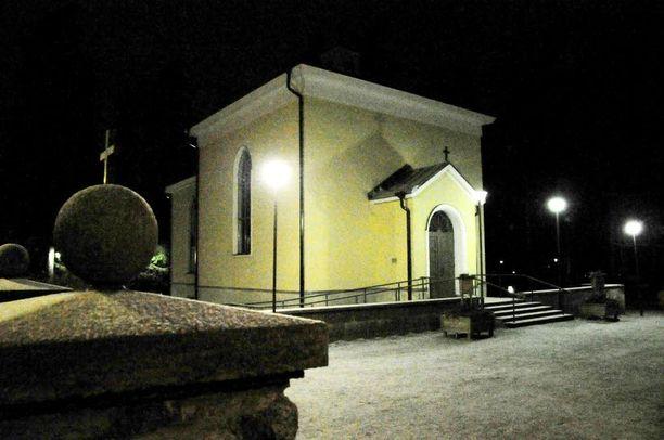 Kouvolan seurakunta järjestää perjantai-iltana muistohartauden surmattujen lasten muistoksi.