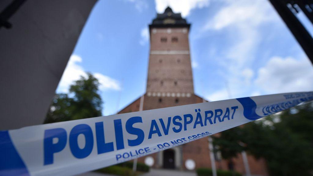 Ruotsalainen Malin löytyi kuolleena metsästä 24 vuotta sitten: Paljastaako DNA-näyte viimein teinitytön surmaajan?