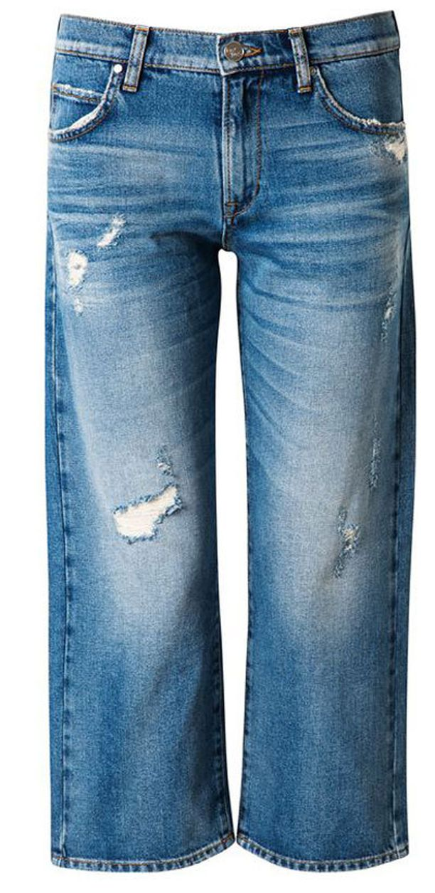 Bik Bokin Never Denimin Shorty-farkuissa on trendikäs vajaamittainen puntti.