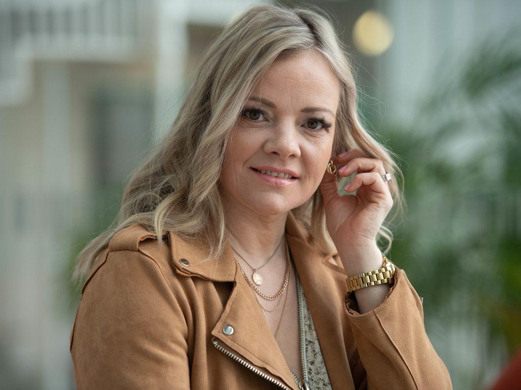20210427 Helsinki, laulaja Eveliina Kurki KUVA: JENNI GÄSTGIVAR/ILTALEHTI