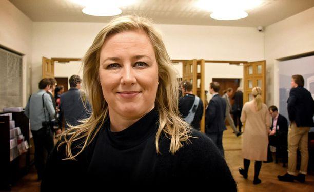 SDP:n presidenttiehdokkuudesta kieltäytynyt Jutta Urpilainen pitää hyvänä, että puolueella on oma presidenttiehdokas.