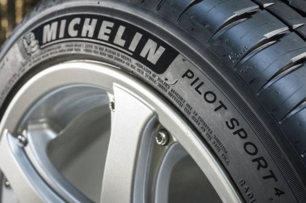 Michelin Pilot Sport 4 oli tällä kertaa rengastestin voittaja.
