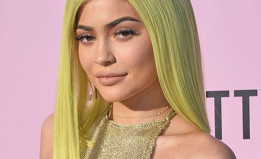 Kylie Jenner on iso nimi paitsi somessa myös kosmetiikassa.