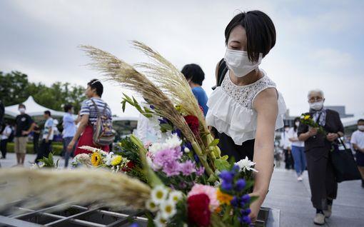 Hiroshiman ydinpommi pudotettiin päivälleen 75 vuotta sitten – uhreja muistetaan ympäri maailmaa