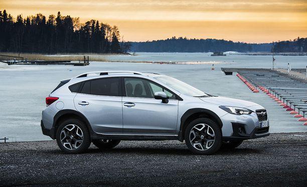 Subaru XV:hen voi valita 1.6- tai 2.0-litraisen boxermoottorin. Neliveto ja automaattivaihteisto ovat aina vakiona.