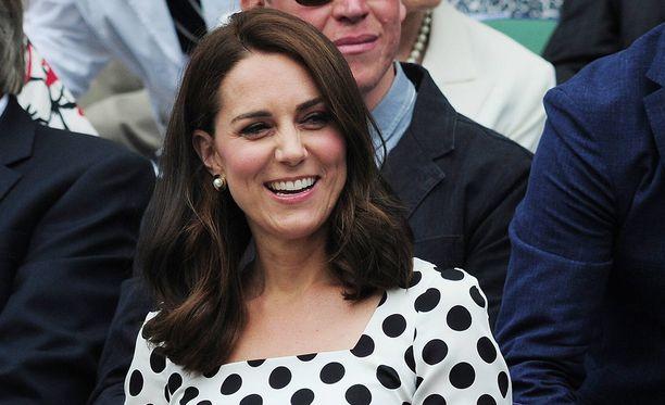 Herttuatar Catherine nähtiin Wimbledonissa lyhyemmässä kampauksessa.