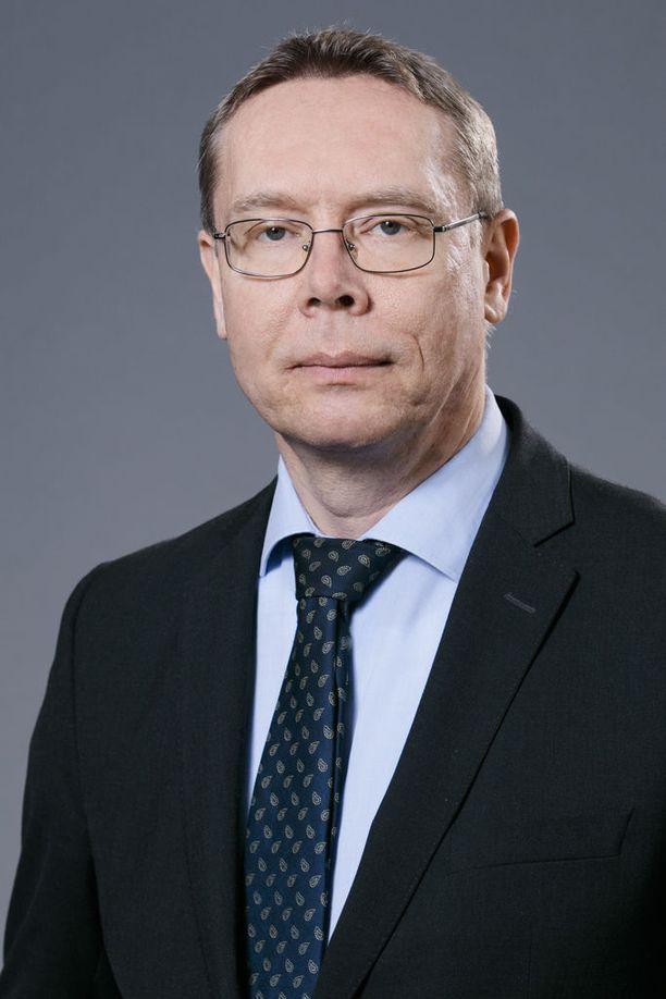 Olli Ruohomäki on perehtynyt tutkimuksissaan muun muassa terrorismiin, poliittiseen väkivaltaan ja radikalisaatioon.