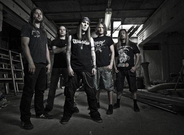 Children of Bodom kiertää tiiviisti Eurooppaa seuraavat pari kuukautta.