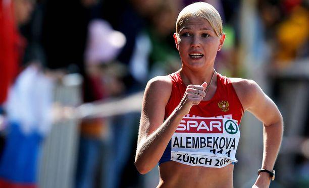 Elmira Alembekova voitti viime vuonna EM-kultaa naisten 20 kilometrillä.