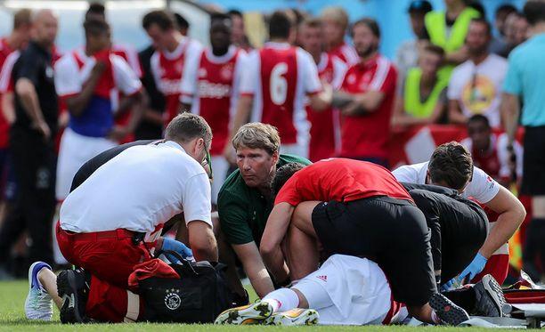 Ajaxin ja Werder Bremenin välinen harjoitusottelu keskeytyi 70 minuutin kohdalla.
