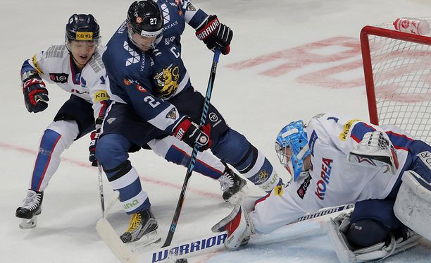 Petri Kontiola murtautui Korean maalille ja yllätti maalivahti Matt Daltonin, kun Suomi voitti Moskovassa joulun alla 4-1.